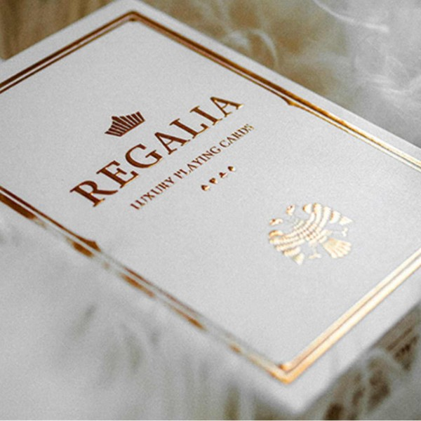 Regalia weiß by Shin Lim